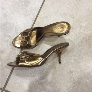 Gucci gold kitten heels